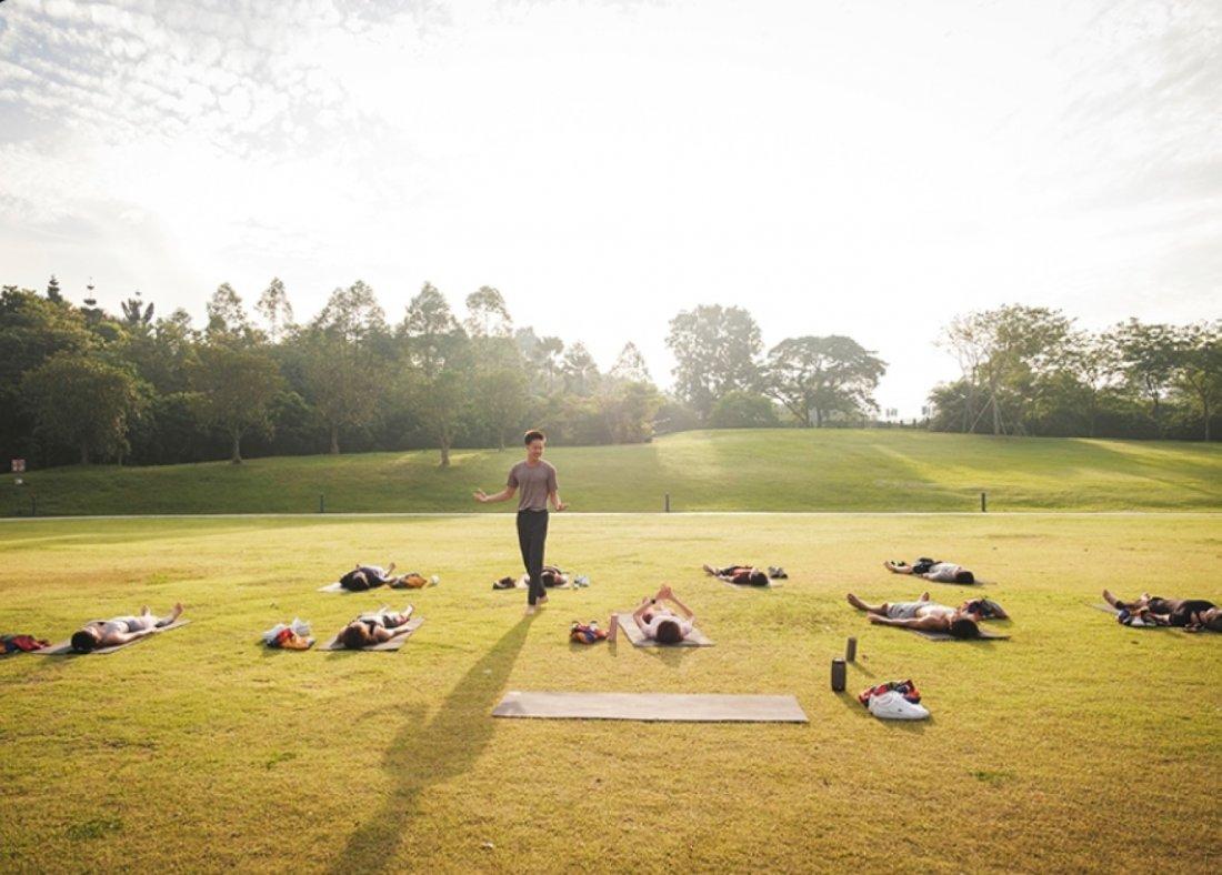 [Yoga] Yin Session by lululemon Ambassador, Brandon Chong
